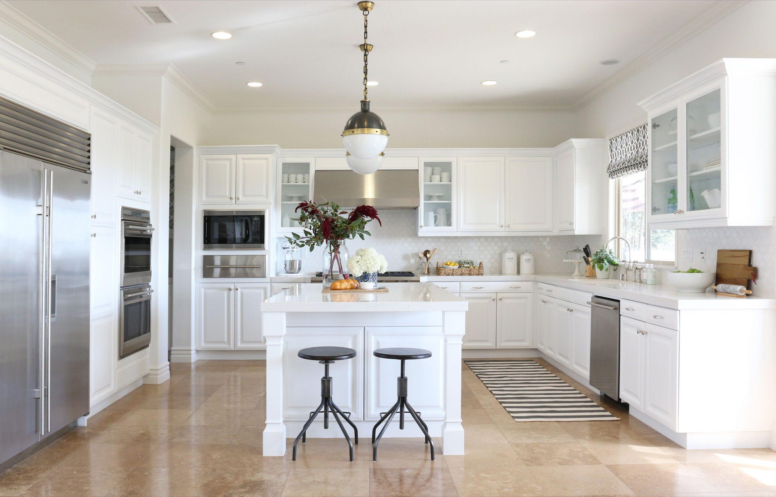کابینت آشپزخانه سفید